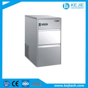 Reliable Manufacturer of Ice Maker/Kj-25 Automatic Luxury Ice Maker pictures & photos