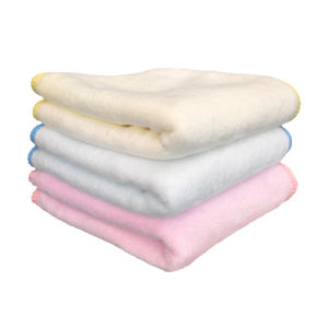 1 Single Piece Packed Antiseptic Alcohol Free Organic Baby Wet Towel pictures & photos