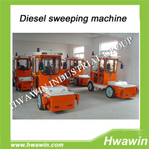 Diesel Engine Road Sweeper pictures & photos