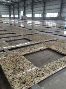 Factory Supply of Brazil Gold Countertops for Sale pictures & photos