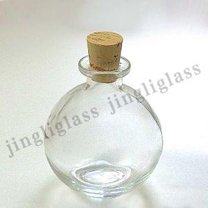 Oval Shaped Glass Jar with Cork Lid pictures & photos