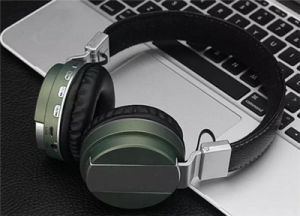 Metal Spray Portable Stereo Music Wireless Bluetooth V4.0 Headset Headphone pictures & photos