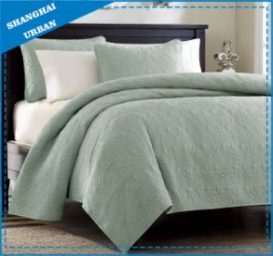 Green Solid Polyester Ultrasonic Bedspread Set pictures & photos