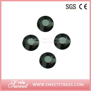 Wholesale Top Quality Hotfix Foiled Back Strass Diamante for Nail pictures & photos