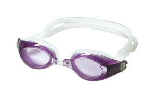 Comfortable Fit Anti-Fog Silicone Swimming Goggles pictures & photos