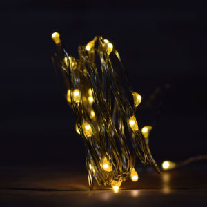 2AA Starry String Lights Warm White Color Led′s on a Flexible Copper Wire pictures & photos