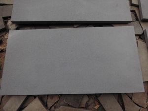 Nature Dark Grey Bluestone Paving Stone Basalt for Flooring pictures & photos