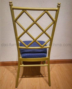Wedding Aluminum Chiavari Tiffany Chair with Fixed Seat Cushion and Cross Back pictures & photos