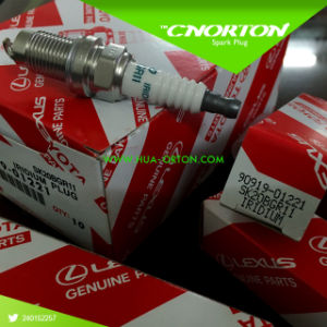 Japanese Sk20bgr11 Iridium Spark Plug with 3 Electrode for Lexus OEM 90919-01221 pictures & photos