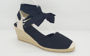 Women′s Fashion Espadrille Wedge Sandals pictures & photos