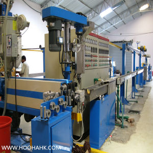 Chinese Quality Power Wire Cable Extruder Machine with Siemens Motor pictures & photos