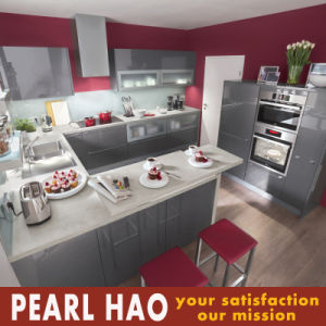 Customized High Gloss Lacquer Kitchen Cabinet Furniture pictures & photos