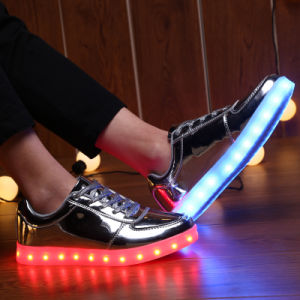 2017new LED Casual Shoes with Factory Price pictures & photos