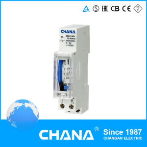 DIN Rail Mounted 24 Hours Timer Relay with Ce and RoHS Certificates pictures & photos