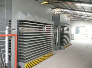 600 Tons 10 Layers Film Faced Plywood Hydraulic Hot Press Laminating Machine pictures & photos