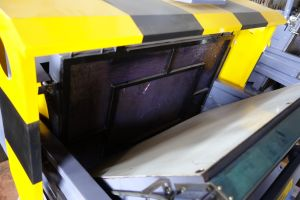 Ml Series Flatbed Die Cutting and Creasing Machine pictures & photos