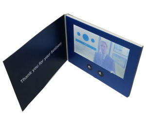 "New Arrival 7.0"" Thin Video Player Card pictures & photos"