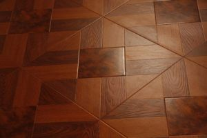 Wooden Laminated Flooring pictures & photos