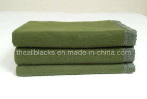 70% Wool/30% Polyester Blended Military Blanket pictures & photos
