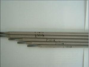 Welding Electrodes E7018 pictures & photos