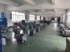 Vf2-12kv Middle Voltage Vacuum Circuit Breaker (VD4 replacable) pictures & photos