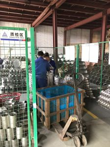 ANSI B16.9 Stainless Steel Pipe Fitting 3/4′′ Equal Tee pictures & photos
