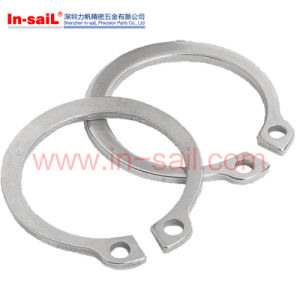 DIN472 Retaining Rings and Circlips for Internal Bores pictures & photos