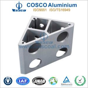 Aluminum/ Aluminium Customized Extrusion with CNC Machining pictures & photos