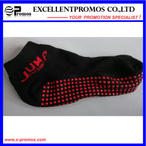 2015 Promotional Fashion Sports Custom Anti-Slip Socks (EP-S58401) pictures & photos