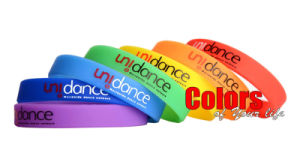 7PCS 7 Colors 21cm Wristbands Silicon Bracelets for Kid Party Gift pictures & photos