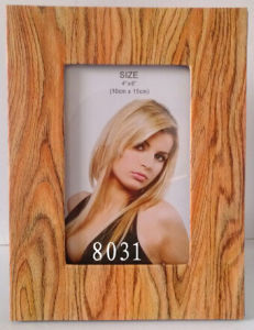 Wood Color Printing Paperboard Frame pictures & photos
