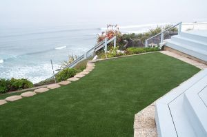 PE Artificial Grass for Outdoor Ornaments pictures & photos