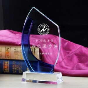 New Design Crystal Glass Awards Trophy pictures & photos