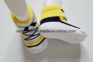 Wholesale New Born Fancy Soft Touch Newborn Shoe Baby Socks pictures & photos