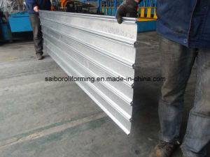 Shutter Door Roll Forming Machine Drive by Chain pictures & photos
