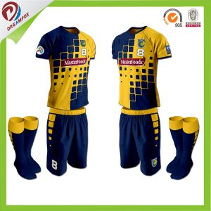 Custom Best Quality Soccer Uniform for Kid with 100%Polyester pictures & photos