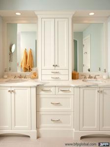 White Flat Panel Dark Color Countertop Ceramics Sink Bathroom Vanity pictures & photos