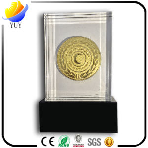 Customized Die-Sinking Crystal Acrylic Gold Medal Decoration pictures & photos