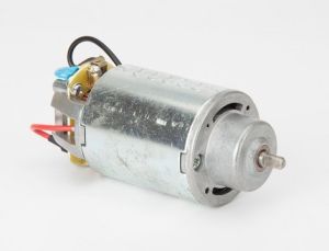 CCC RoHS ETL Permanent Magnet DC Motor for Hand Mixer pictures & photos