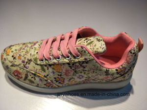New Style More Color Sport Comfort Fashion Girl′s Shoes pictures & photos