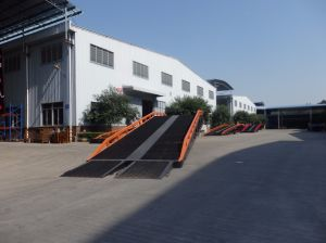 Mobile Loading Ramp with Load Capacity 12 Tons pictures & photos
