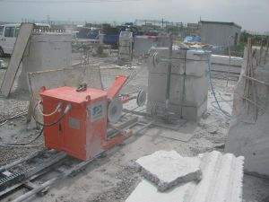 Wire Saw Machine for Concrete Cutting. pictures & photos