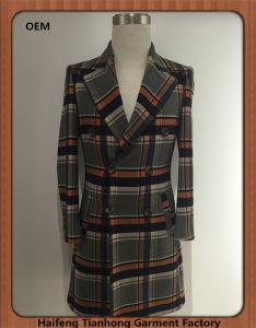 Hot Sale Men′s Fashionable Wool Tweed Coat pictures & photos