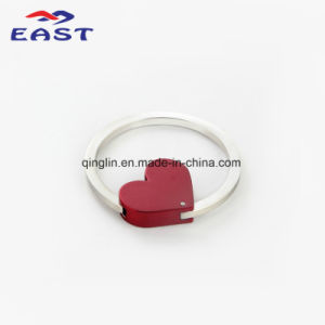 Novel Design Customized Heart-Shaped Keychain pictures & photos