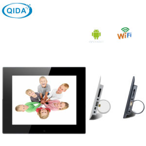 Hot Video Playback LCD Digital Photo Frame 7 Inch pictures & photos