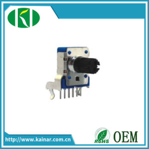 11mm Size Rotary Potentiometer with 5k 10k 50k 100k Wh124-2 pictures & photos