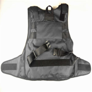 Hot Hot Classical Fashion Multi-Pockets Military Green Tactical Outdoor Travelling Quick-Release Vest pictures & photos
