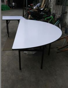 Hot Sale Folding Semi-Circle Round Table pictures & photos