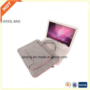 2017 Hot Sale 11/ 12/ 13/ 15/ 17 Inch Best Felt Laptop Sleeve for MacBook Bag in Stock pictures & photos