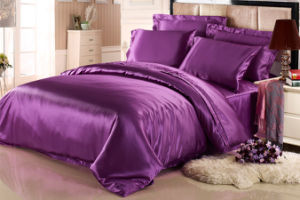 Gorgeous Purple Pure Mulberry Silk Bed Sheet Sets pictures & photos